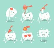 Gullig tandbehandling Arkivbild