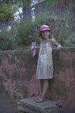 Gullig ung flicka Arkivbild