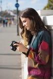 Gullig ung fotograf Fotografering för Bildbyråer
