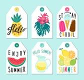 Gullig uppsättning av hand drog sommarbeståndsdelar royaltyfri illustrationer