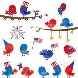 Gullig vektoruppsättning av patriotiskt eller fjärdedel av Juli Themed fåglar stock illustrationer