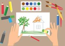 Gulliga barn som drar med målarfärger och färgpennor stock illustrationer