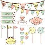 Gulliga beståndsdelar för tappningbröllopuppsättning Arkivbilder