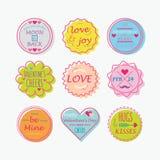 Gulliga färgrika valentin dag, förälskelseetiketter och etikettuppsättning Arkivbild