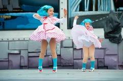 Gulliga flickor med blått hår Royaltyfri Bild