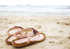 Gulliga flipmisslyckanden på stranden. Royaltyfria Foton