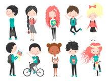 Gulliga skolaungar Lycklig ungetecknad filmsamling Isolerade mångkulturella barn i olika positioner på vit bakgrund Tillbaka t stock illustrationer