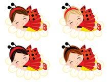 Gulliga små flickor för vektor som sover på blommor
