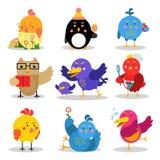 Gulliga tecknad filmfåglar i olika lägen, färgrika teckenvektorillustrationer stock illustrationer