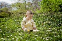 Gulligt behandla som ett barn pojken Royaltyfri Fotografi