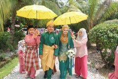 gulligt bröllop för par Royaltyfria Foton