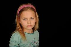 gulligt flickaståendebarn Royaltyfri Foto