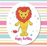 Gulligt lejon på mångfärgad bakgrund med band Arkivbild