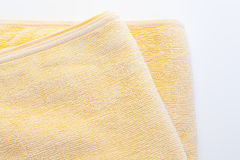 Gulna handduken Royaltyfri Bild