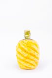 Gulna skalad ananas på för ananasfrukt för vit bakgrund isolerad sund mat Arkivfoton