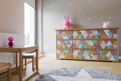 Guloseima da sala cor pastel-colorida da menina Imagens de Stock Royalty Free
