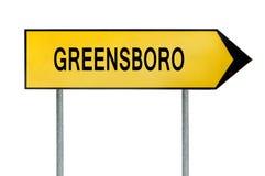 Gult gatabegreppstecken Greensboro som isoleras på vit Arkivbilder