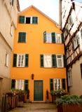 Gult hus i Tyskland Royaltyfri Fotografi