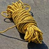 Gult nautiskt rep Royaltyfri Foto