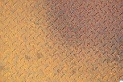 Gult rostigt metallark Royaltyfri Bild