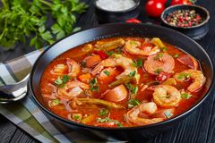 Free Gumbo With Prawns, Okra And Sausage Stock Images - 128981724