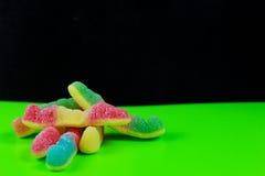 Gummi-Würmer in einer Pop-Arten-Art Stockfoto