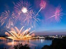 Gummilack Leamy-Feuerwerke 2014 Stockbilder