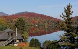 Gummilacka-Superieur Mont-tremblant, Quebec, Kanada Royaltyfri Bild