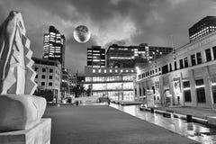 GUMMISTÖVEL NYA ZEELAND - SEPTEMBER 4, 2018: Stadsnatthorisont royaltyfri fotografi