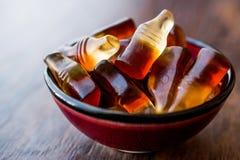 Gummy ζελατίνες με μορφή των μπουκαλιών Στοκ φωτογραφίες με δικαίωμα ελεύθερης χρήσης