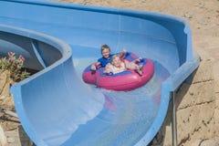 Gumowa łódź w waterslide, wizerunek 1 Zdjęcie Stock