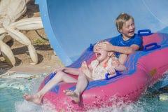 Gumowa łódź w waterslide, wizerunek 5 Obrazy Royalty Free