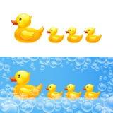 Gumowa kaczka z kaczątkami wektor Obrazy Stock