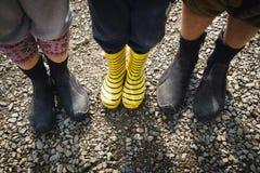 Gumowi buty dla rodziny outdoors Zdjęcia Stock