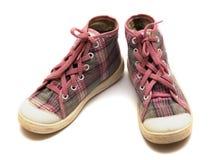 Gumshoes rosados del tartán Foto de archivo libre de regalías