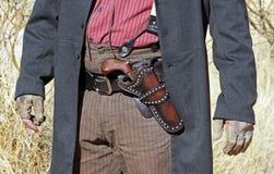 Gunfighteren är klar att dra Royaltyfria Bilder