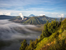 Gunung Bromo, Berg Batok und Gunung Semeru Stockfotografie