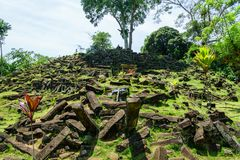Gunung Padang巨石站点在展玉,西爪哇省,印度尼西亚 免版税库存照片