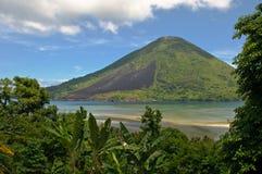 Gunung wulkan Api, Banda wyspy, Indonezja Obraz Stock