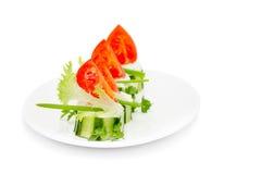 Gurkatuggor med kräm- Herb Cheese och Cherry Tomatoes Royaltyfria Bilder