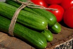 Gurken und Tomaten Stockfoto