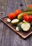 Gurkor och tomater Fotografering för Bildbyråer