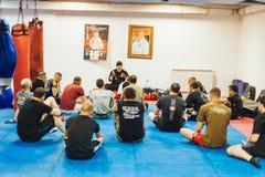 Guro Roger Agbulos Lameco Astig Combative FMA seminarium Belgrade Royaltyfria Bilder