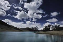 Gurudangmarmeer, Noord-Sikkim, India royalty-vrije stock afbeeldingen