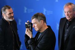 Gus Van Sant poses at the `Don`t Worry, He Won`t Get Far on Foot royalty free stock photos