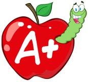 Gusano en Apple rojo con la letra A + Foto de archivo