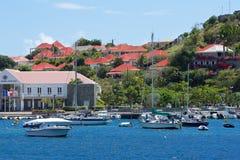 Gustavia sikter, St Barths som är karibisk Royaltyfri Bild