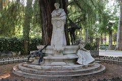 Gustavo Adolfo Bécquer in MarÃa Luisa Park von Sevilla Stockbild