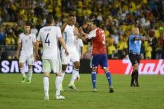 Gustavo Gomez pcha Yerry Mina podczas Copa Ameryka Centenario Zdjęcie Royalty Free