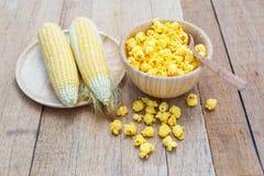 Gusto salato del formaggio del popcorn fotografie stock